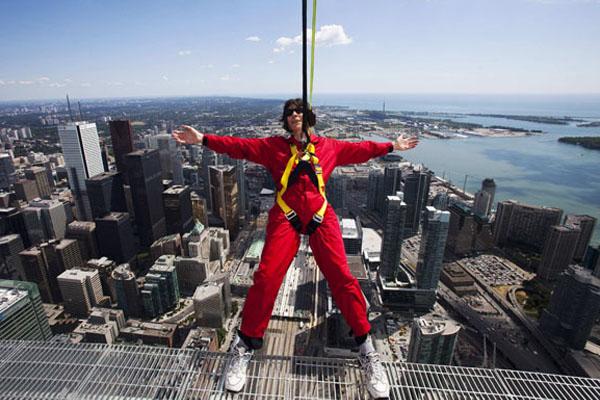 EdgeWalk, высотный аттракцион в Торонто