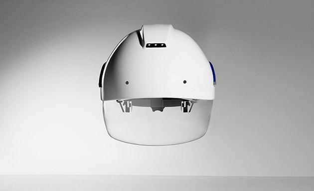 """Защищённый """"умный"""" шлем от Daqri"""